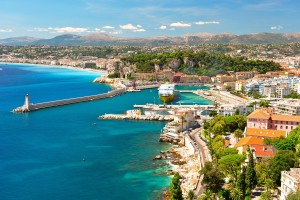 View-of-Nice-mediterranean-resort-Cote-dAzur-France_shutterstock_93856414